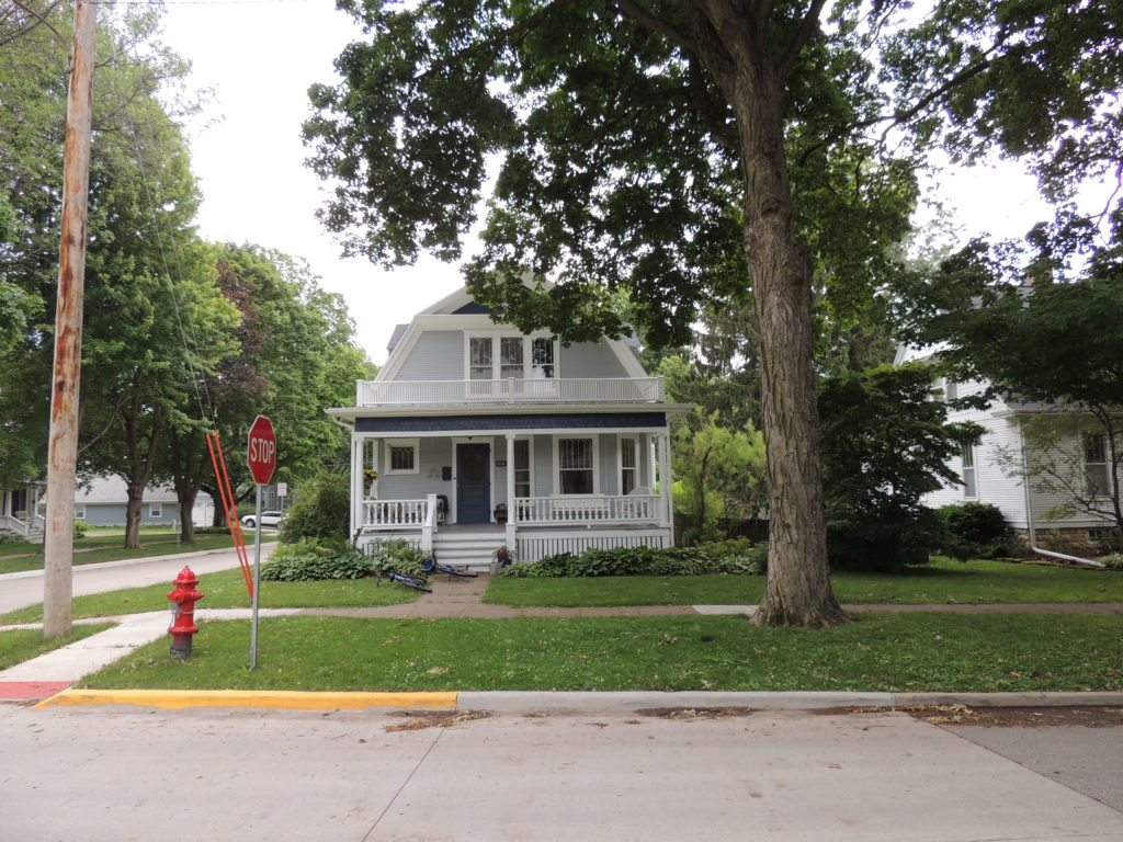 Photo of house at 616 7th Avenue
