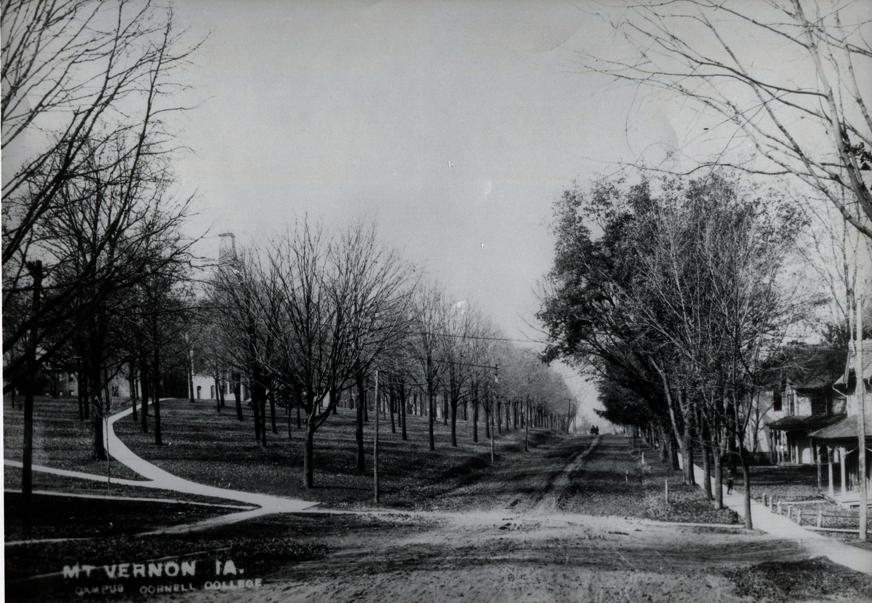 photo of 1st Street looking West
