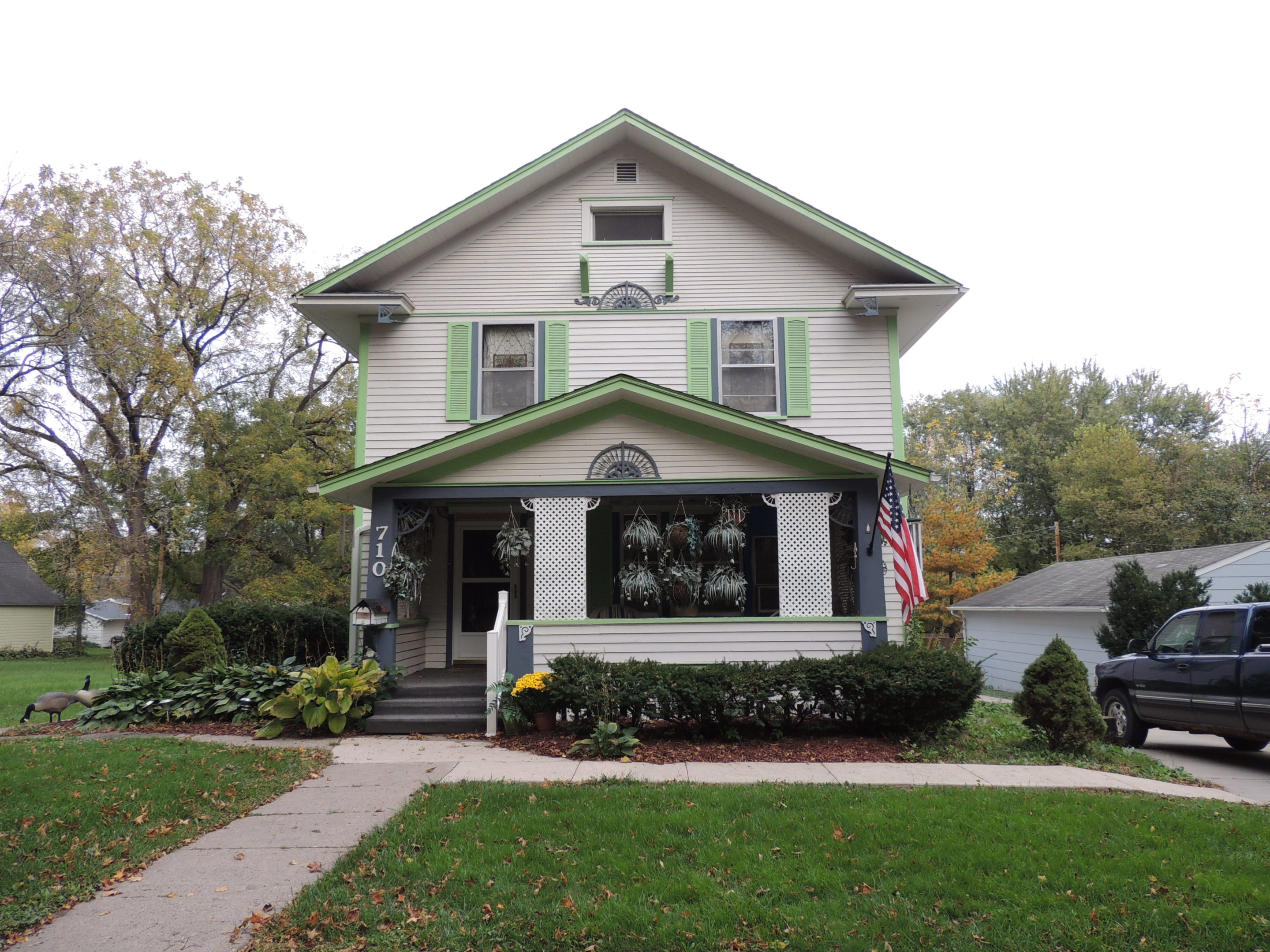 Photo of house 710 5th Avenue