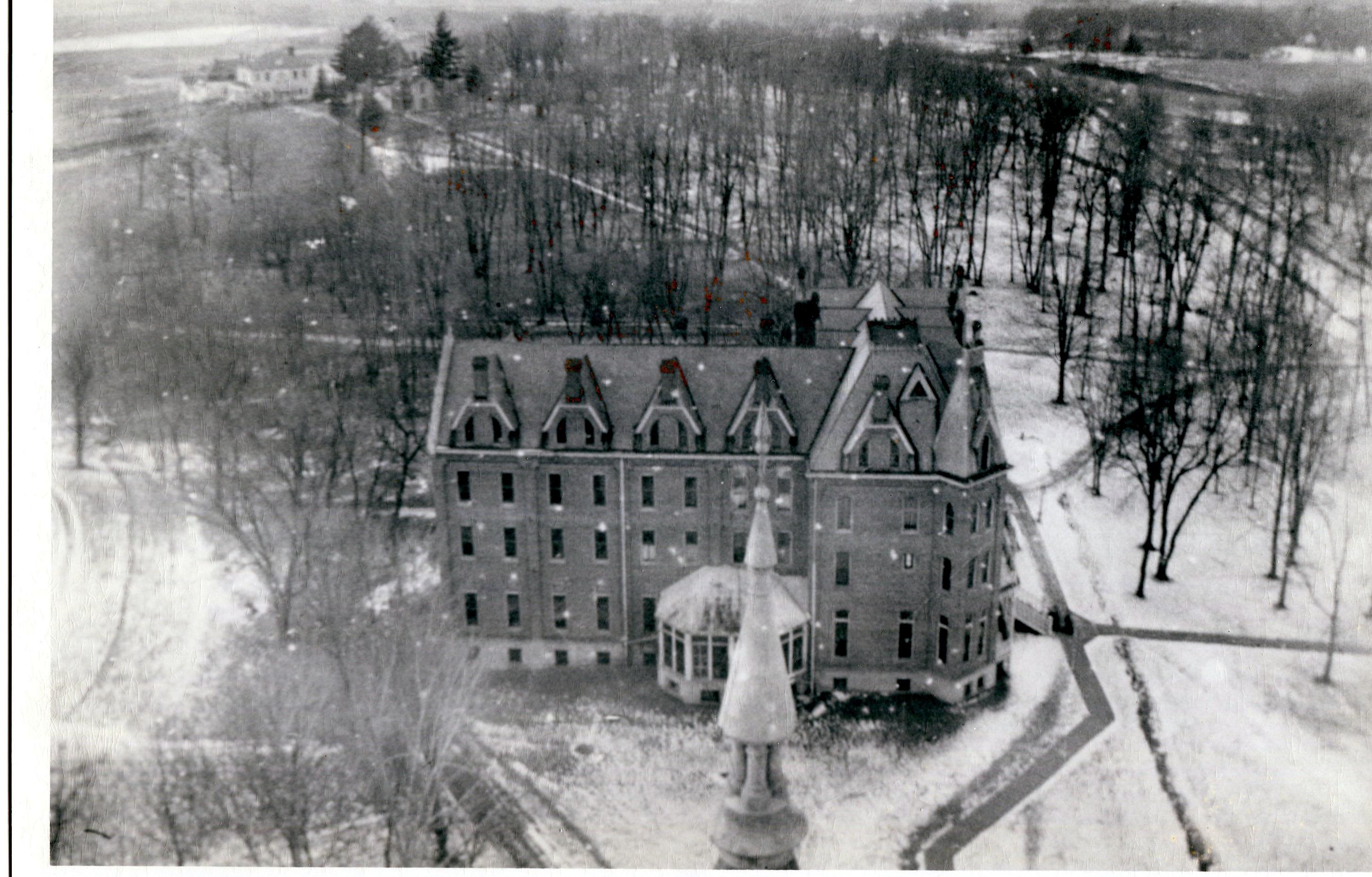 photo of Bowman-Carter Hall