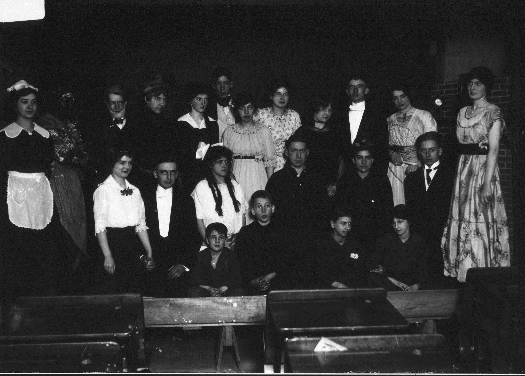 photo of Unidentified Theater Cast