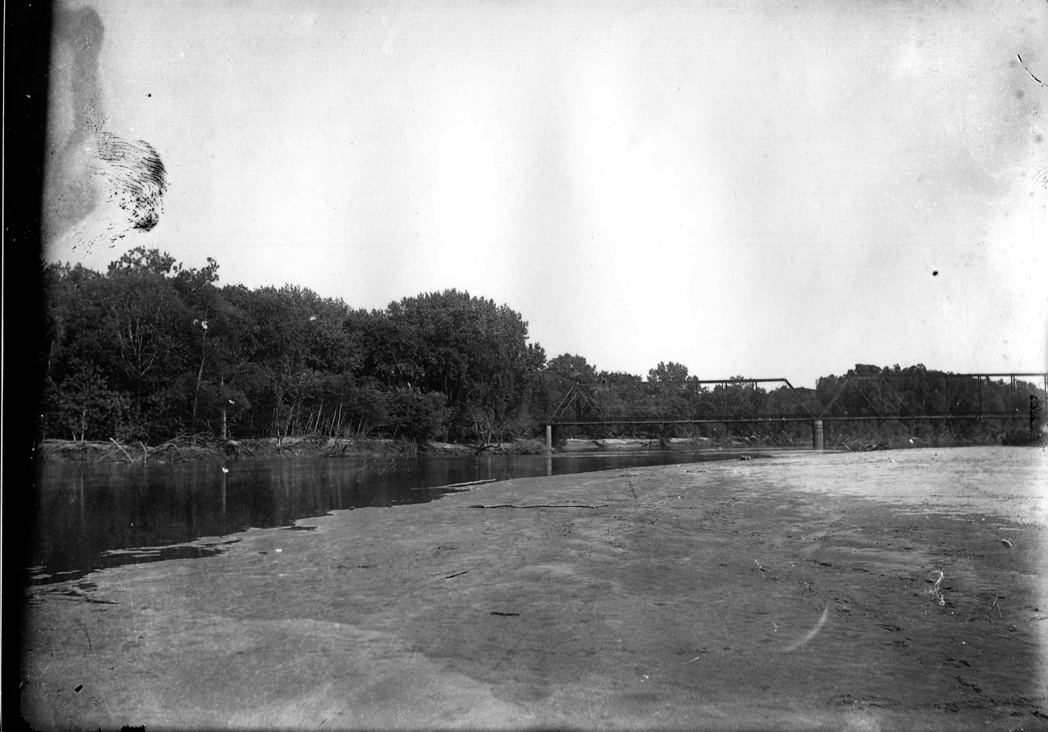 photo of A photo of the Cedar River.