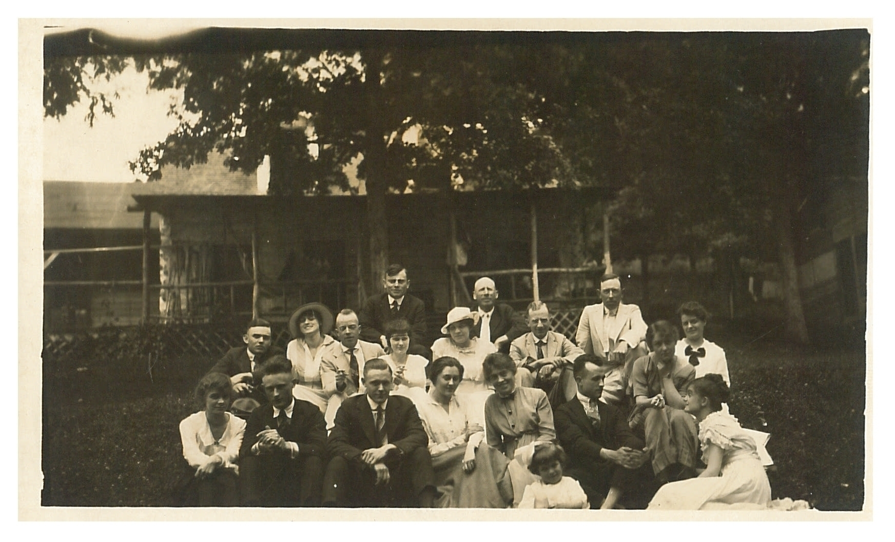 photo of Family Gathering at Palisades-Kepler State Park