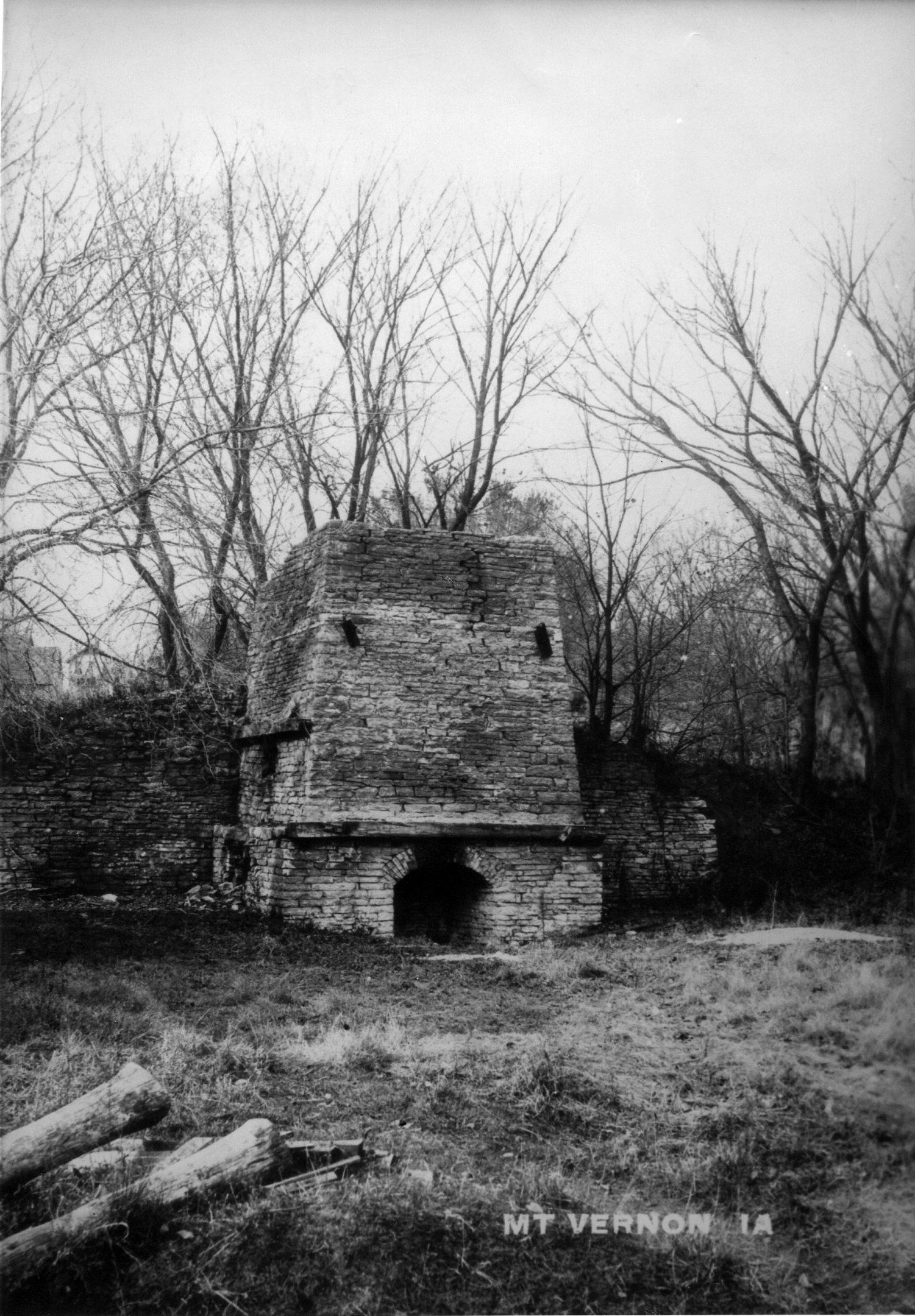 photo of Lime Kiln-1910