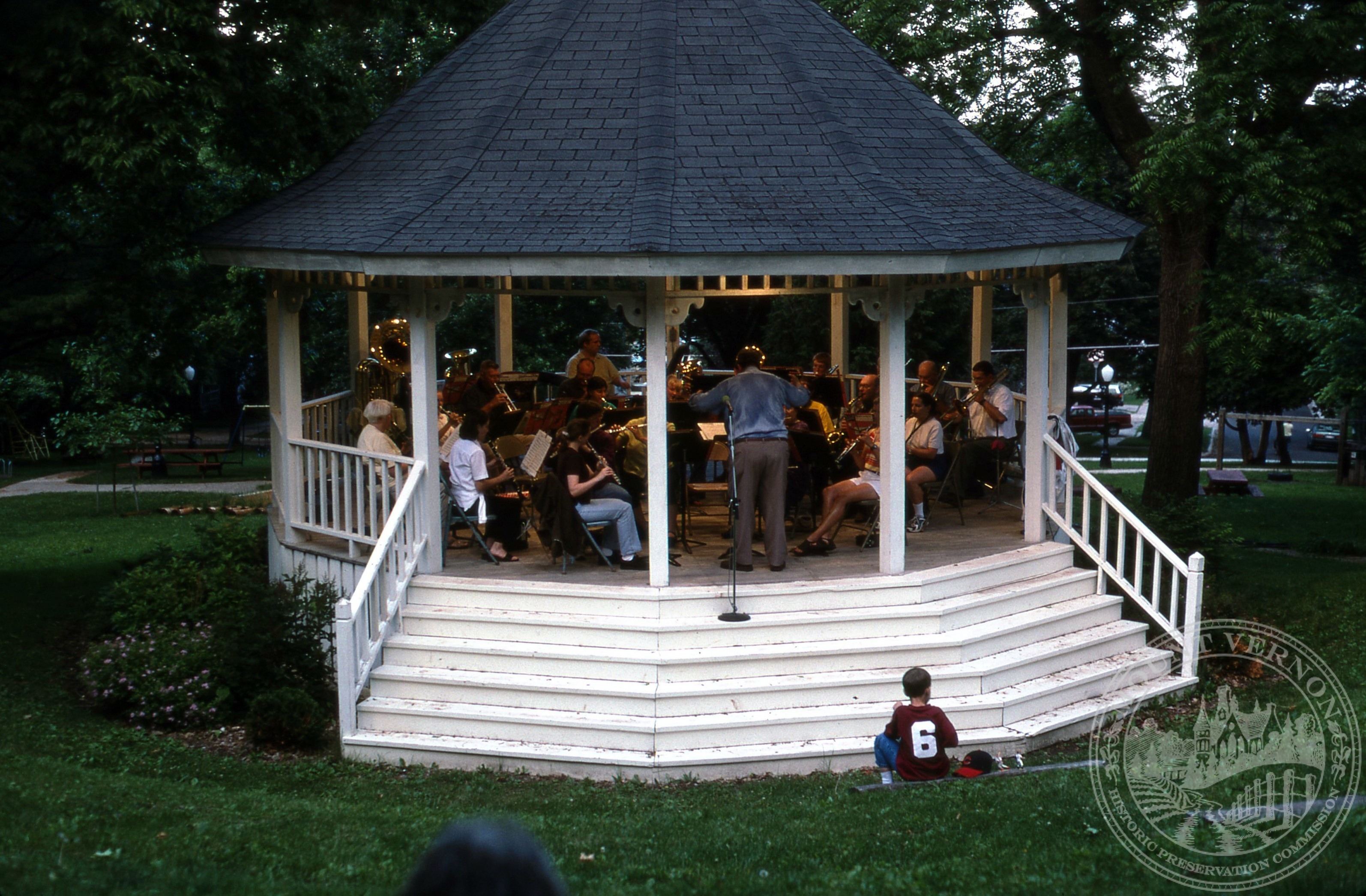 Photo of Memorial Park Gazebo, June 2003