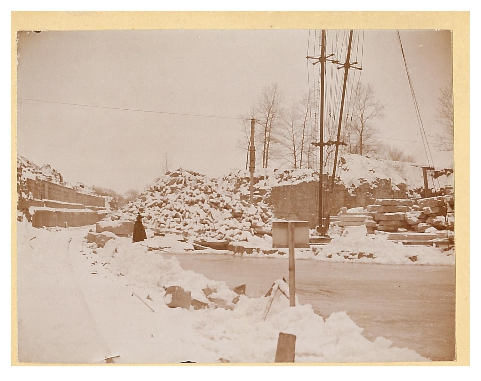 photo of Mount Vernon Stone Quarry-winter