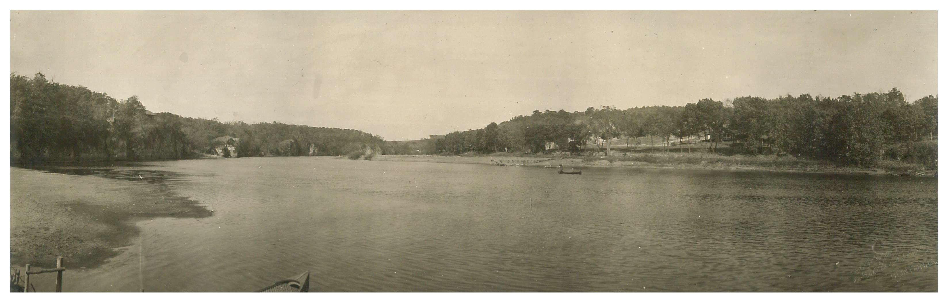 photo of Panorama of Cedar River