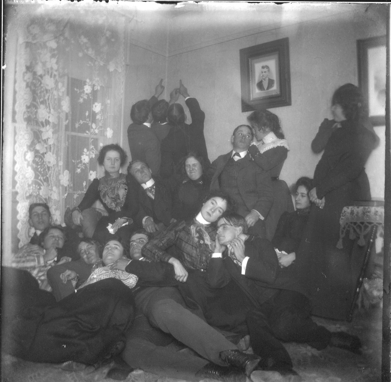 photo of Party of Unidentified Cornell Students-1910