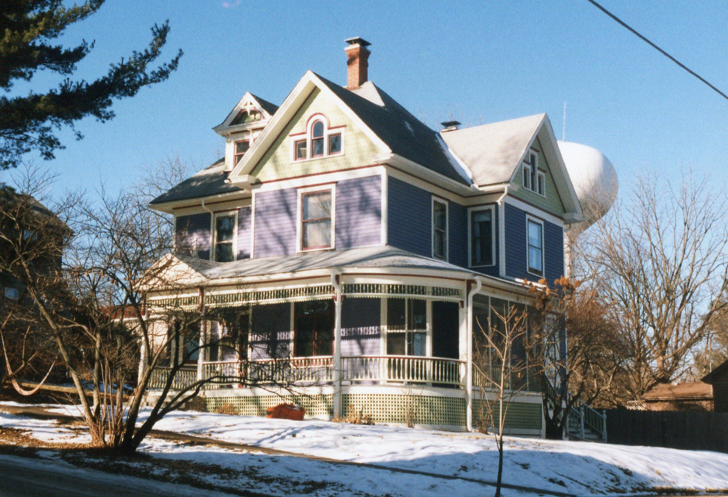 photo of house at 117 Third Avenue NW