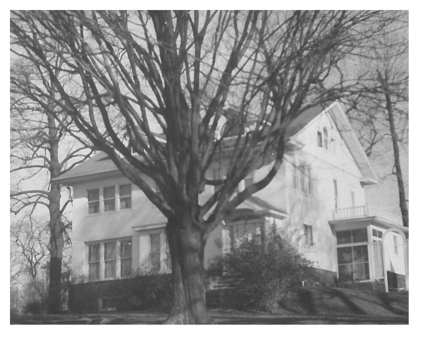 photo of 321 Third Street SW