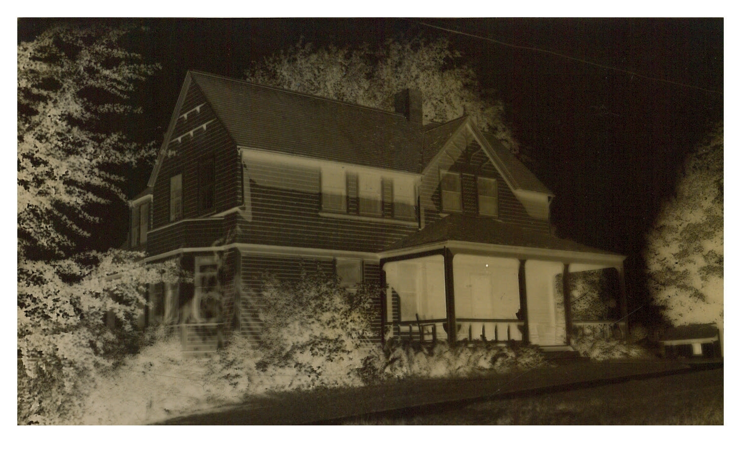 photo of Unidentified House - Inverted