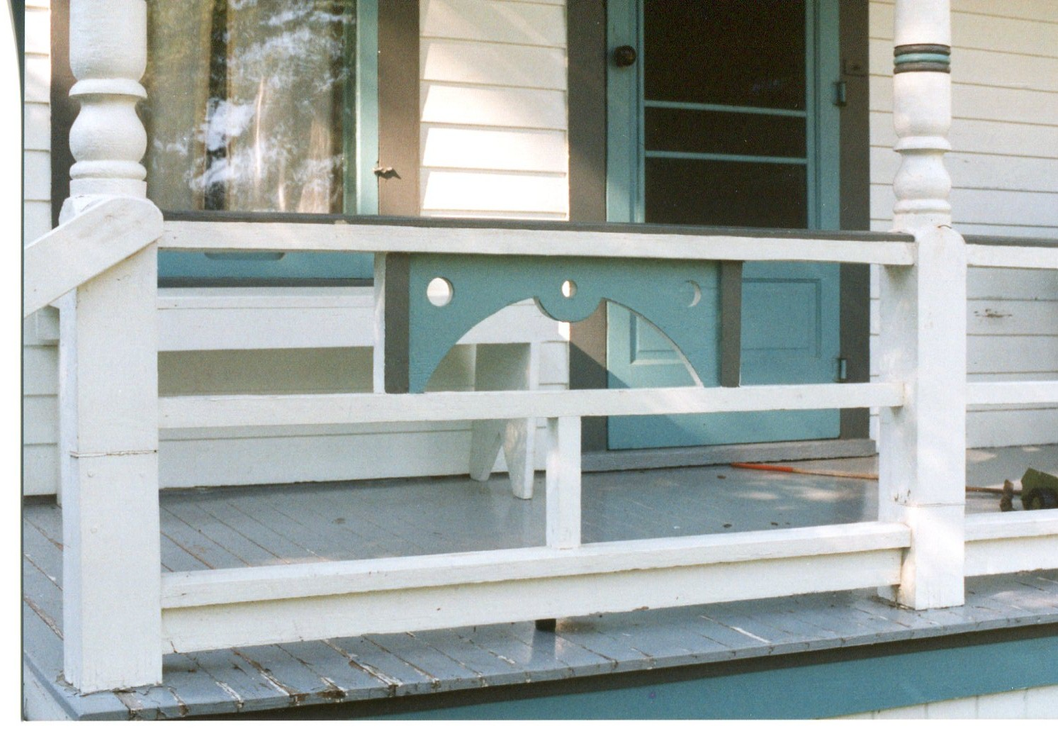 photo of 412 Third Street NW- Porch