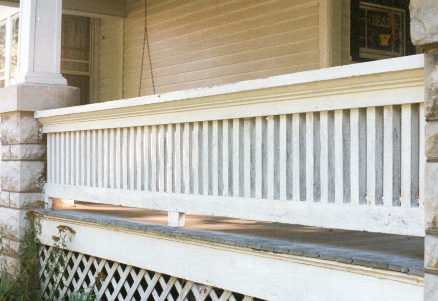 photo of 301 Fifth Avenue NW-Porch Railing