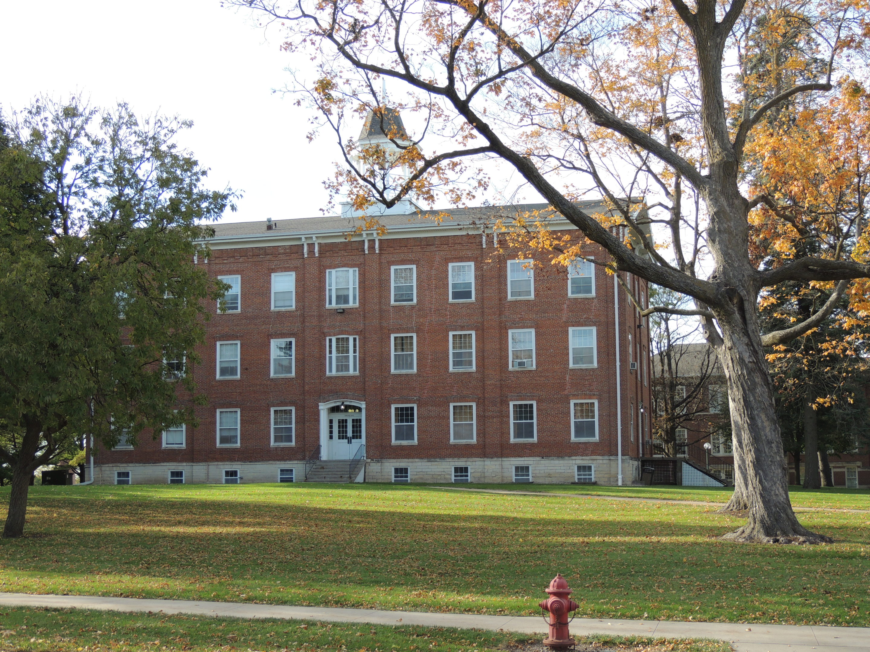 Photo of College Hall