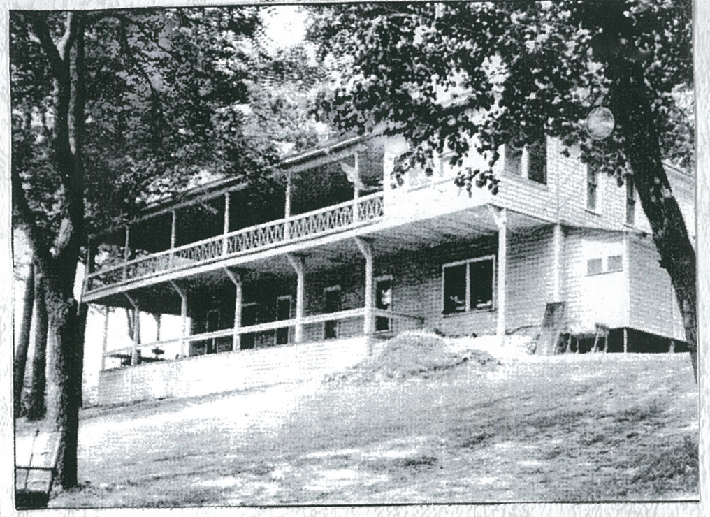 Photo of the Cedar Springs Hotel when it was new