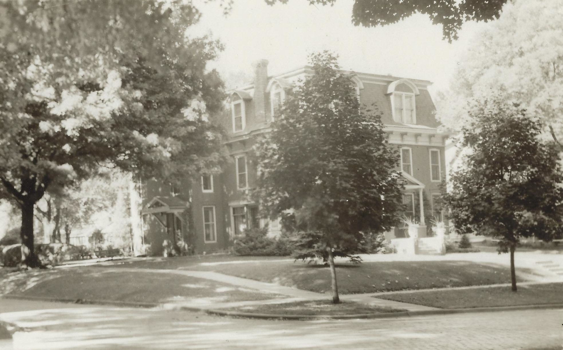 Photo of C. W. Neff Funeral Home
