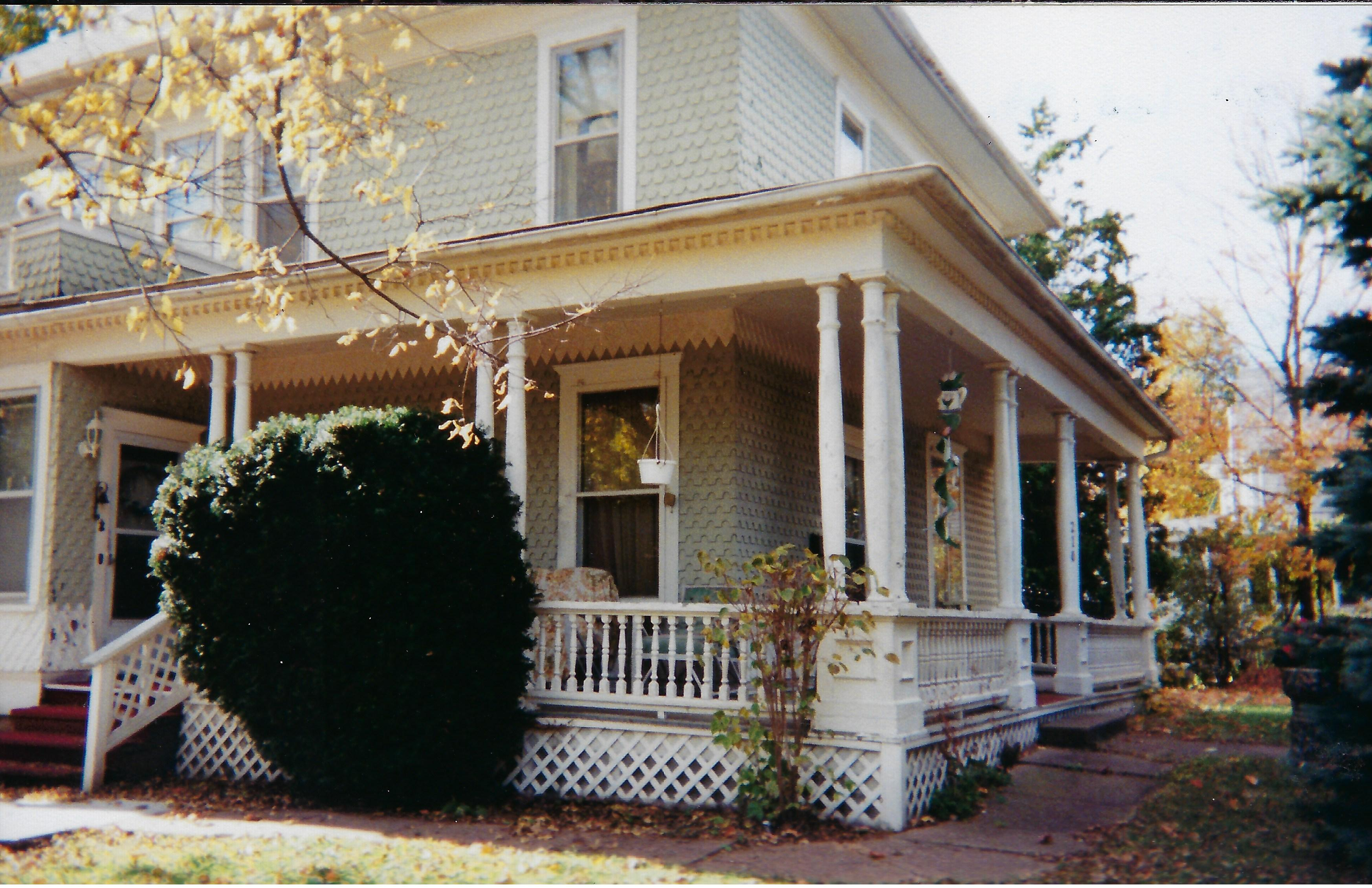 Photo of 210 First Street East
