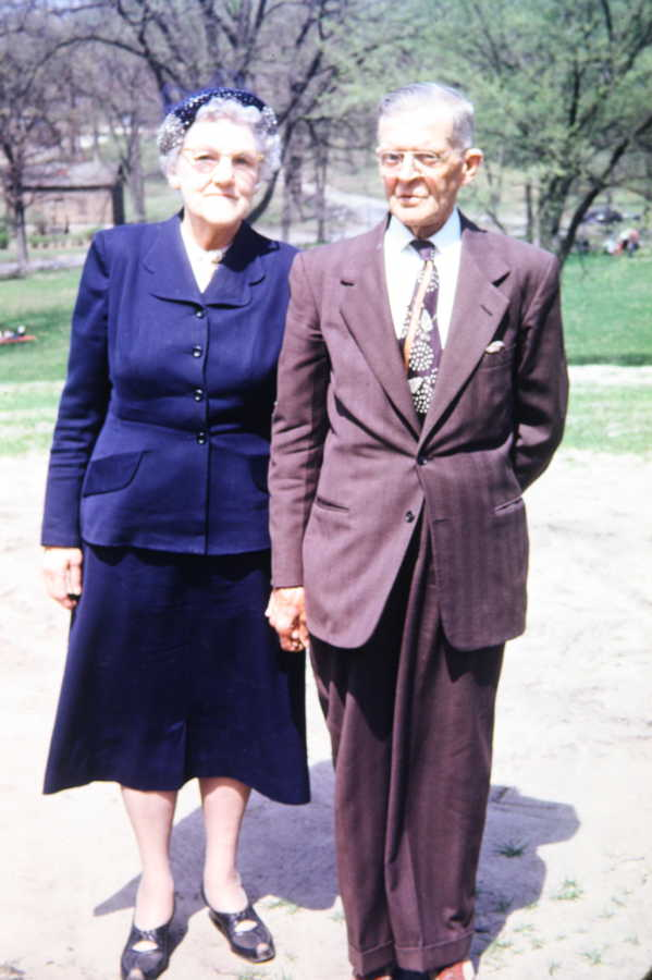 Photo of C.W. & Nellie (Shantz) Neff
