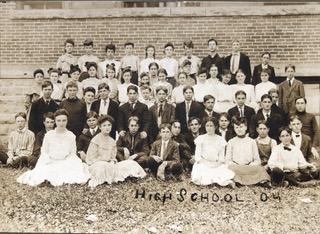 Photo of MV High School Class 1904