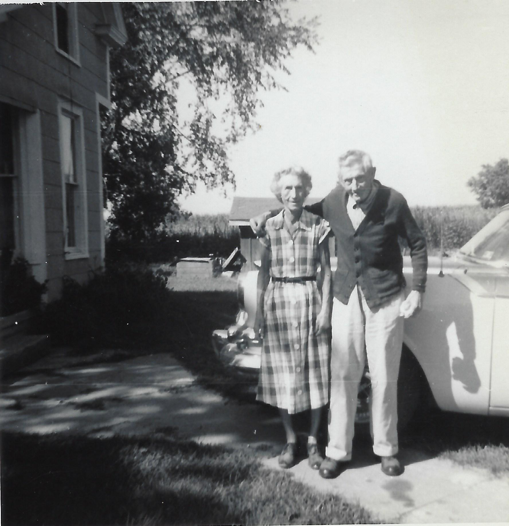 Photo of Hattie & Tom Stoneking